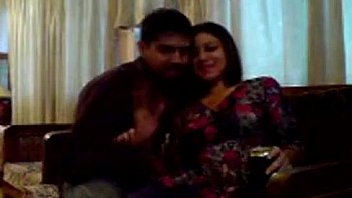 Pakisthani hot couple fuck on sofa